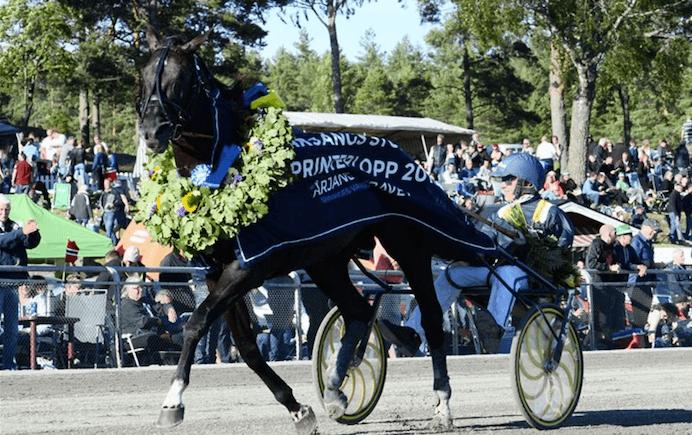 – Nuncio och Örjan efter segern i Årjängs Stora Sprinterlopp