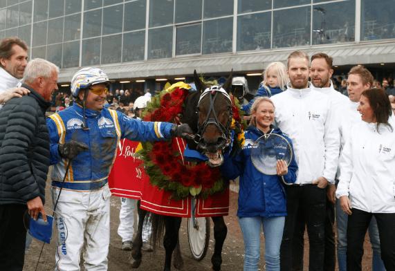 – Roses Glory och Veijo Heiskanen i vinnarcirkeln