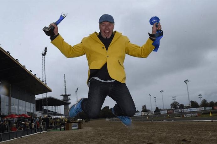 – Timo Nurmos tar ett glädjeskutt efter Derbysegern