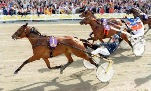 Victory Tilly och Stig H Johansson vid sin Elitloppseger år 2000