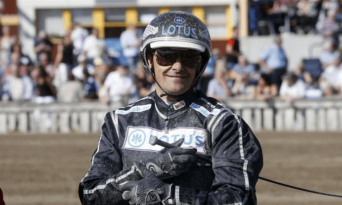 – Robert Bergh har det väl förspänt i kvällens V86